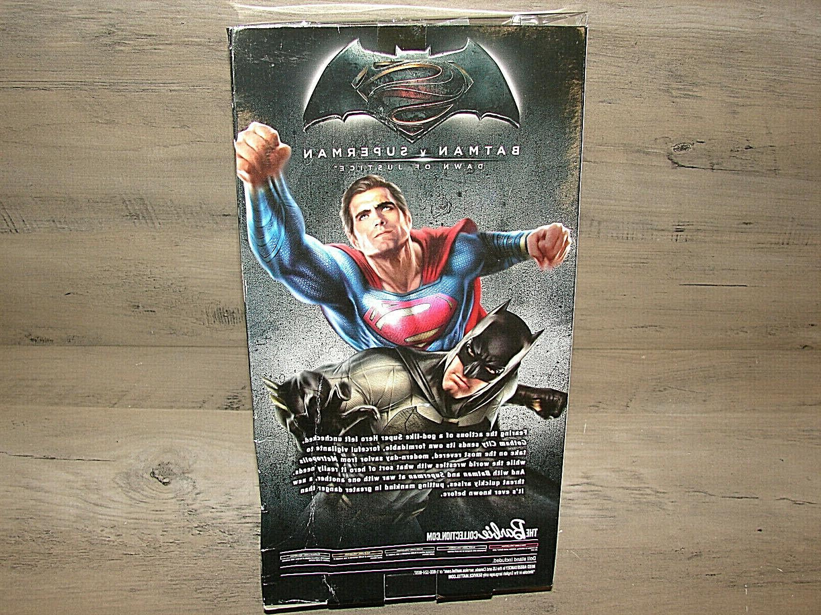 READ Barbie Collector Batman v Justice / Batman Doll^